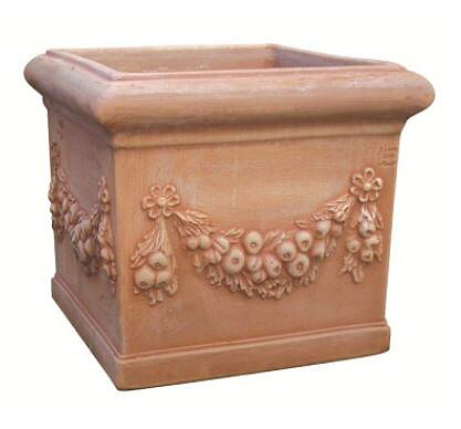 VASO QUADRO FESTONATO IN TERRACOTTA